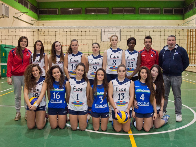 U18/F Red - TEAM VOLLEY 2013 / 2014