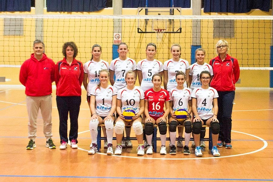 U16/F - TEAM VOLLEY 2015 / 2016