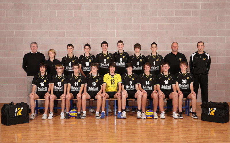 U16M - METALBRILL 2010 / 2011