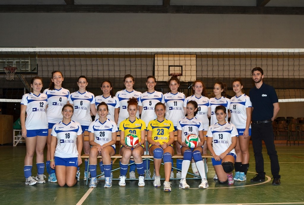 Crevavolley.net U16F 2013 / 2014